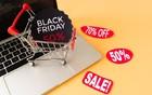 CRNI PETAK: Evo u kojim prodavnicama Novosađane očekuju velika sniženja