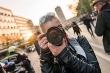 NOVOSAĐANI: Umetnica koja fotografijom menja društvo