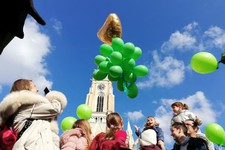 FOTO: U Novom Sadu obeležen Svetski dan dece obolele od raka