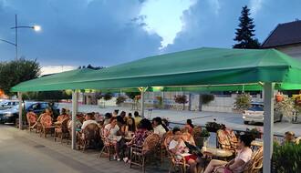 FOTO PRIČA: Kako Futožani provode letnje predvečeri