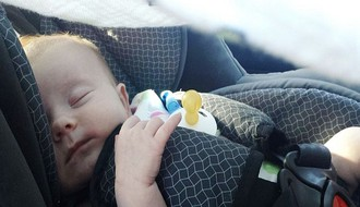 Kazne i do 120.000 dinara za vožnju dece do 135 cm bez auto-sedišta