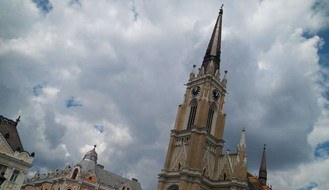 RHMZ: Pretežno oblačno, povremeno s kišom i pljuskovima, najviša dnevna u NS oko  21°C