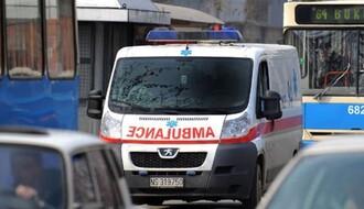 Biciklista podleteo pod točkove autobusa na uglu  Kisačke i Temerinske