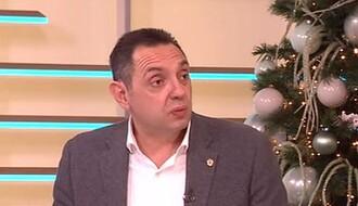 Ministrima u Vladi Srbije povećane plate, Vulinu čak 140 odsto
