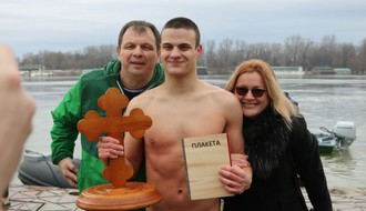 FOTO: U trci za Bogojavljenski krst 2018. pobedio Aleksa Bobar