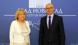 Gradonačelnik i ministarka Đukić Dejanović razgovarali o populacionoj politici