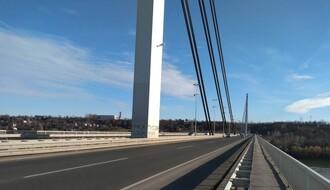 Razmatra se pravljenje biciklističke staze na Mostu slobode