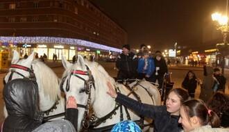 """FOTO: Deca iz Gračanice posetila """"Novosadski Winter Fest"""""""