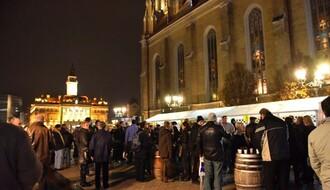 FOTO: Novosađani uživali u degustaciji mladog vina