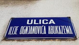 ULICA ILIJE OGNJANOVIĆA ABUKAZEMA: Gradska prečica prepuna apsurda (FOTO)