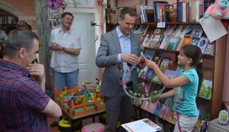 FOTO: Cela škola u Budisavi učlanjena u Gradsku biblioteku