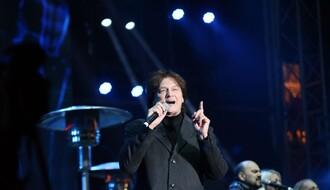 FOTO i VIDEO: Koncert na Trgu održan u odličnoj atmosferi pred više hiljada ljudi