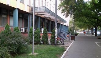 Određen pritvor novosadskom lekaru osumnjičenom za obljubu nad maloletnicom