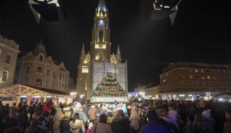 "NS Winter Fest: Hor OŠ ""Đorđe Natošević"" večeras na ""raspevanoj jelki"""