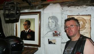 Novosađani: Ko priča o politici – po kazni plaća dve ture pića