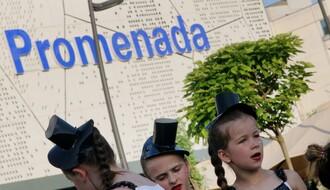 FOTO: Šestog dana Zmajevih dečijih igara bilo posebno veselo ispred Promenade