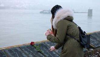 """Spomenik """"nevinim žrtvama 1944/45"""" i dalje izaziva buru u novosadskoj javnosti"""