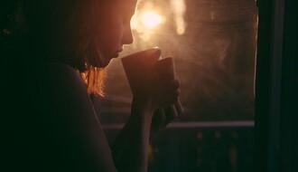 Ako imate ove simptome, treba da smanjite unos kofeina