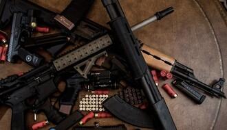 Novosadska policija zaplenila više komada oružja, vlasnik uhapšen