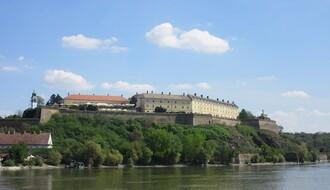 Fasade i krovovi u Novom Sadu i Petrovaradinu u novom ruhu