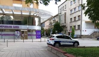 Uhvaćen u Ulici Modene s tri paketića heroina, u kolima držao sekiru