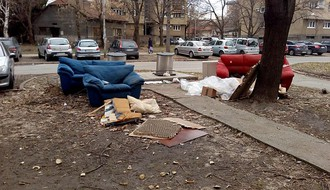 """JKP """"Čistoća"""" sa divljih deponija mesečno odnese oko 900 kubika smeća"""