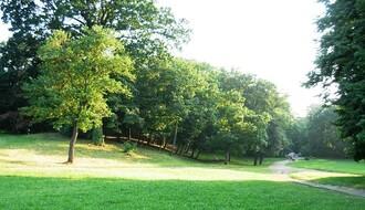 Kamenički park spreman za prvomajski uranak