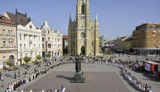 Festival folklora: Čas tradicionalnih igara na Trgu slobode