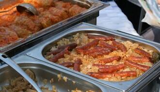 """Festival hrane """"Al se nekad dobro jelo baš"""" u Rakovcu"""