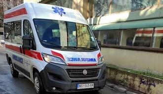Dvoje povređeno u sudaru tri vozila kod Novog Sada