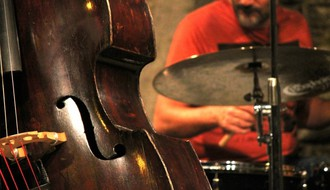 Tribina mladih: Romani i eseji Gilberta Kita Čestertona uz zvuke džeza