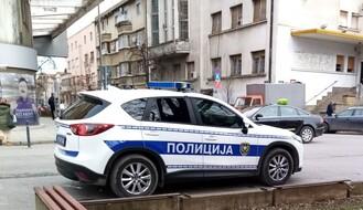 Mladi aktivista iz Novog Sada priveden zbog tvita