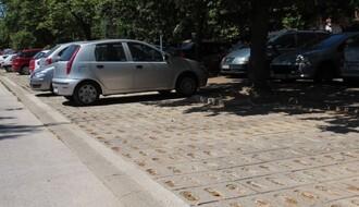 Sanirano parkiralište u Pančevačkoj ulici (FOTO)