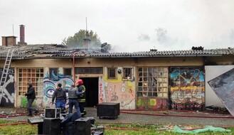 FOTO: Požar u Kineskoj četvrti, gorela baraka pored Društvenog centra
