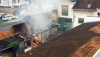 DETELINARA: Izbio požar u krugu stolarske radionice u Janka Čmelika (FOTO)