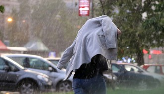 RHMZ upozorava na mogućnost nepogoda večeras i tokom noći