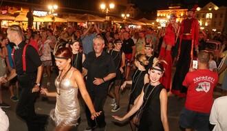 """FOTO I VIDEO: """"Festival uličnih svirača"""" započeo tradicionalnom povorkom"""