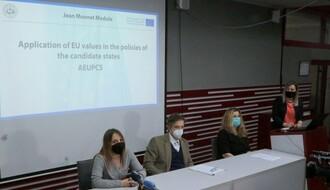 Konferencija za medije povodom novog Žan Mone modula održana na Univerzitetu Privredna akademija u NS (FOTO)