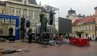 TRG SLOBODE: U toku pripreme za miting SNS, opozicionari pozvali na okupljanje u Beogradu (FOTO)