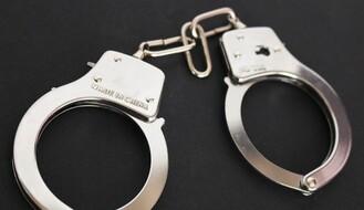 """NS: Uhapšen zbog silovanja i krađe """"alfa romea"""""""