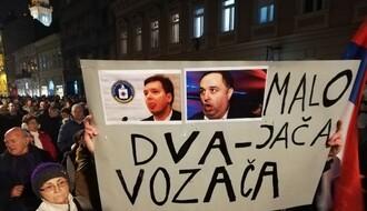 """FOTO I VIDEO: Četvrti  protest  """"Jedan od pet miliona"""" na ulicama Novog  Sada"""