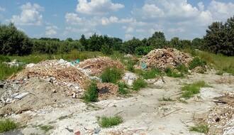 FOTO: Divlje deponije nikle pored izvorišta Petrovaradinska ada