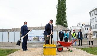 FOTO: Položen kamen temeljac za izgradnju novog bloka Medicinskog fakulteta u Novom Sadu