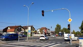 Novi semafor u Veterniku od ponedeljka u redovnom režimu rada (FOTO)