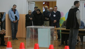FOTO: Novosađani danas biraju predsednika
