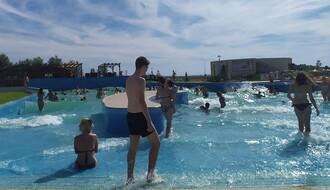 FOTO I VIDEO: Evo na kojim vojvođanskim bazenima možete opušteno da se bućnete