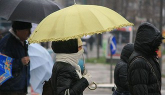 Vreme danas: Oblačno i hladnije, sa kišom i snegom, najviša dnevna u NS oko 6°C