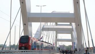 Zbog ukidanja železničke linije, mnogo veći troškovi prevoza između NS i Beograda