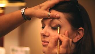 SAVETI: Oprezno sa sočivima i šminkom, da ne bi došlo do infekcije