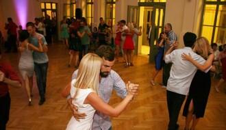 FOTO: Varoš kraj Dunava igrala u ritmu argentinskog plesa